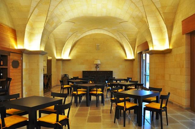 Illuminazione volte a botte sala consiliare giammario for Illuminazione casa design